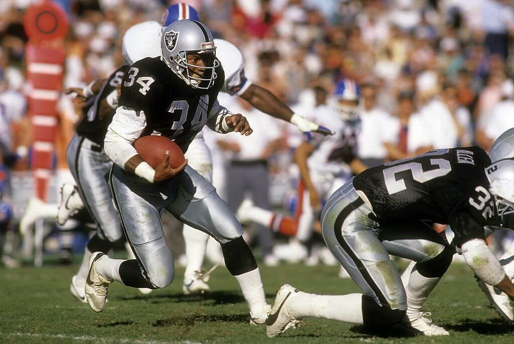 Bo Jackson Could Have Been A Multi-Sport Hall of Famer